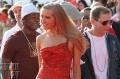 Юлия Кова, приехавшая вместе с супермодным продюсером Скоттом Сторчем (Scott Storch), в этом году выбрала красный цвет